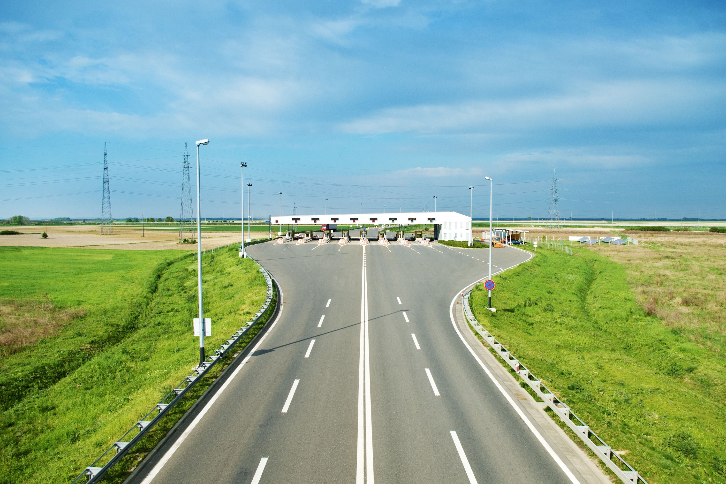 REINFORCEMENT OF THE LOMÉ-OUAGADOUGOU CORRIDOR, A COMMERCIAL STRATEGIC AXIS CONNECTING HINTERLAND TO THE PORT OF LOMÉ – UNITY HIGHWAY